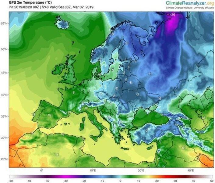 Napływ mroźnych mas powietrza na początku marca, temperatura przy powierzchni ziemi, dobrze widoczny jęzor chłodu sięgający wybrzeży Morza Czarnego (model GFS/University of Maine)
