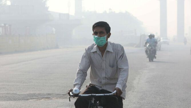 Coś złego wisi w powietrzu. Mieszkańcy Indii duszą się od smogu