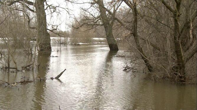 Lodołamacze znów na Zbiorniku Włocławskim. Kra wciąż utrudnia przepływ wody
